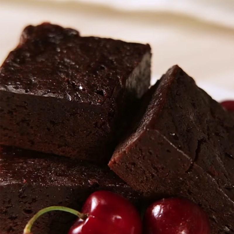 Cách làm bánh brownie socola bằng nồi cơm điện đơn giản thơm ngon bất bại - Hình 9